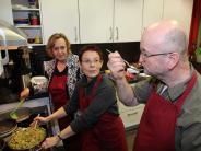 Generationen-Essen: Team CCK im kulinarischen Einsatz