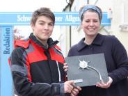 Klosterlechfeld: Junger Lebensretter erhält die Silberdistel unserer Zeitung