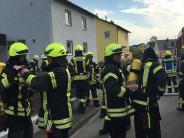 Bobingen: Kellerbrand: Feuerwehr muss Bewohner vom Vordach retten