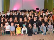 """Musikvermittlungsprojekt: """"Peter und der Wolf"""" spielen sich in die Herzen der Zuschauer"""