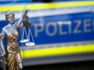 Kreis Augsburg: Mann verprügelt mehrmals seine Freundin