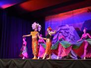 Bildergalerie: 100 Darsteller beim Tanzstück über Löwen und Könige