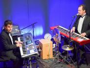 Graben: Zwei Musiker mit Improvisationstalent