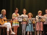 Großaitingen: Viel Applaus für kleine Musiker