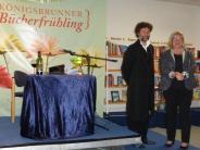 Königsbrunn: Schaurige Kurzgeschichten bei Kerzenschein