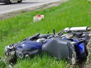 Landkreis: Motorradfahrer stirbt bei Unfall