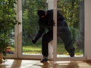 Friedberg: Wie eine Rentnerin zwei Einbrecher ertappte