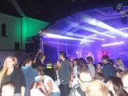Oberottmarshausen: 1600 Gäste feiern beim Sommernachtsball mit den Mercuries