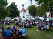 Bildergalerie: Mehr als 1100 Radler erholen sich in Klosterlechfeld