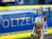 Untermeitingen: Nach Discobesuch: 20-Jähriger beißt Polizeibeamten
