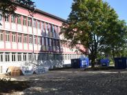 Königsbrunn: Die Realschule istmomentan eine Baustelle