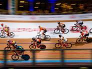Eine Runde Vorsprung: Havik/Stroetinga bleiben bei Berliner Sechstagerennen vorne