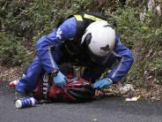 Fahrer klagen an: Tour brutal: Viele Knochenbrüche im Peloton