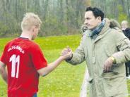 Jugendfußball: Glückwunsch unter Vorbehalt