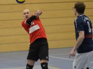 Volleyball: Einer muss zweimal ran