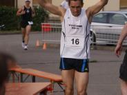Leichtathletik: Doppelte Premiere beim Dorflauf