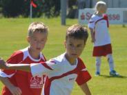 Fußball: Grundschulen spielen die Zwischenrunde