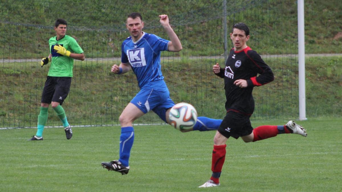 Fußball BC Aichach bleibt auf dem Teppich  Sport Aichach