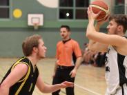 Basketball in Aichach: Trotz Personalprobleme: TSV Aichach siegt gegen Augsburg
