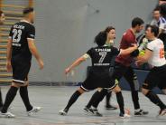 Hallenfußball: Rudelbildung im letzten Spiel bei Vorrunde in Neusäß