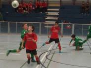 Hallenfußball: Drei Entscheidungen fallen vom Punkt