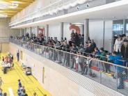 Hallenfußball: Ein Turnier in zwei Hallen
