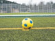 Fußball-Vorbereitung: Kunstrasen rückt in den Mittelpunkt