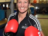 Boxen: Das Lächeln einer Siegerin: Nikki Adler gewinnt sechsten WM-Gürtel