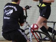 Radball: Eine Nummer zu groß