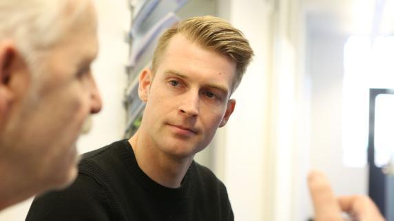 FC Augsburg: Callsen-Bracker und Finnbogason trainieren wieder mit der Mannschaft