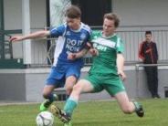 Jugendfußball: Inchenhofer Torwart muss nach Zweikampf in Klinik