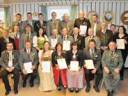 Generalversammlung: Erstmals die neue Ehrennadel verliehen