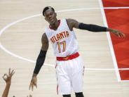 Basketball: NBA: Schröder mit Atlanta kurz vor Viertelfinal-Einzug