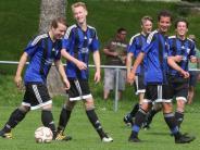 Kreisliga-Topspiel: Der Meister hat gut lachen
