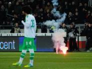 Fußball: Strafe für Wolfsburg: 90 000 Euro und Fan-Teilausschluss
