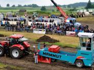 Bremswagenziehen: Regen kann Traktor-Fans nicht abschrecken