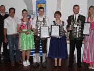 Siegerehrung: Jugend triumphiert im Traditionswettkampf