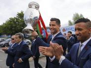 Fußball: Ronaldos umjubelte Rückkehr als Europameister