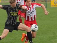 Fußball-Bezirksliga II: Zum Start geht's gegen einen Koloss