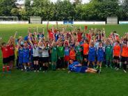 Jugend-Fußball: Auch Absagen stören nicht