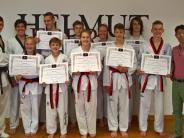 Taekwondo: Neun neue Schwarzgurte