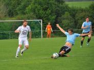 Fußball: Sparkassencup 2016: Wertingen steht im Finale gegen Schretzheim ( 3:2 gegen Haunsheim)
