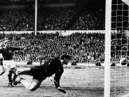 Wembley: Das berühmteste Tor, das keines war