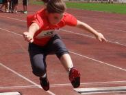 Leichtathletik: Aichacher räumen Kreismeister-Titel ab