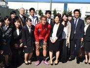 FC Augsburg: Japaner aus Partnerstadt besuchen FCA-Training