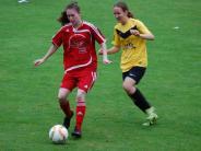 Frauenfußball: Gelbes Schreckgespenst aus Ottobeuren