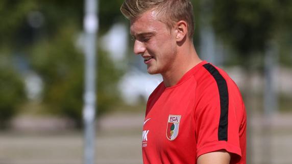 FC Augsburg: Warum Georg Teigl beim FC Augsburg nur auf der Tribüne sitzt