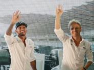Formel 1: Zweikampf am Limit: Hamilton will Rosbergs Lauf stoppen