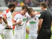 FC Augsburg: Schuster baut Stafylidis und Teigl nach Schalke-Spiel auf
