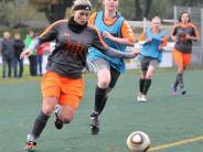 Frauen Bezirksliga Nord: Fußball TSV Gersthofen gegen CSC Batzenhofen-Hirblingen